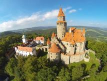 hrad-bouzov