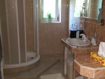 spolecne-koupelna