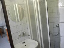 sprcha-a-umyvadlo