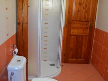 apt-lzn-42-koupelna