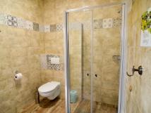 wc-a-sprcha