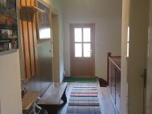 samostatn-vchod-a-chodba-pro-apartmn