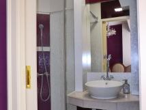 pokoj-zmeck-koupelna