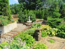 okrasn-zahrada-v-arelu